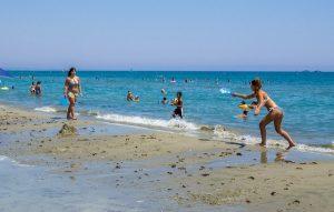 пляж Макензи Кипр