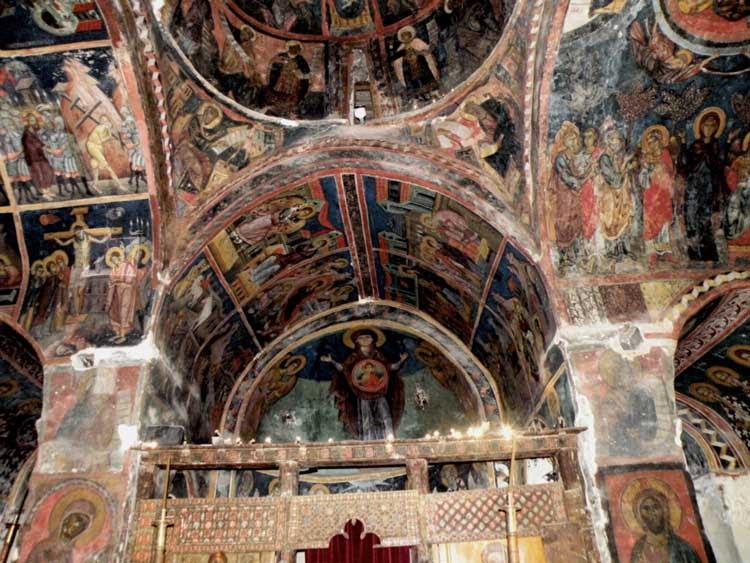 монастырь Айос Иоаннис Лампадисту